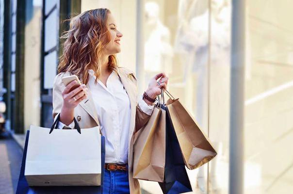 Lady Shopping around Sarasota